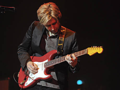 ERIC JOHNSON at the Taft Theatre in Cincinnati, Ohio, 2010. © Amy ...