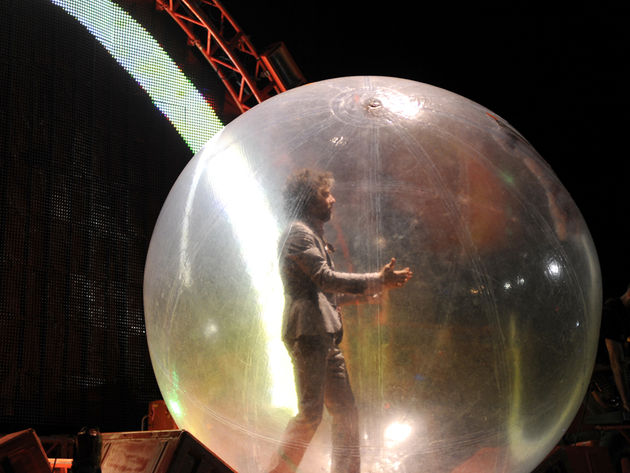 Wayne Coyne gets trippy (surprise!) on Floyd's 'Moon'