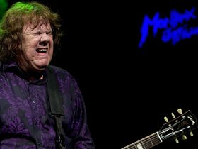 Guitar legend Gary Moore dies at age 58
