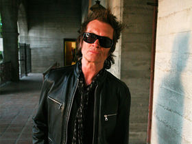 Glenn Hughes returns to Laney artist roster