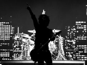 Green Day rock Seattle in tour opener