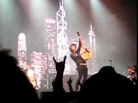 Green Day surprise crowds with 21st Century Breakdown