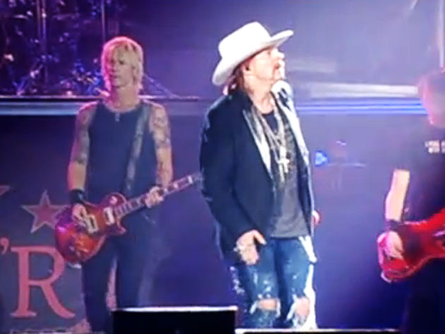 "Duff: ""No, Axl. Look behind you - I'm over here!"""
