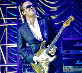 VIDEO: Joe Bonamassa plays Rory Gallagher's 1961 Stratocaster