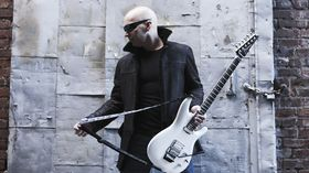 VIDEO: Joe Satriani - A Door Into Summer