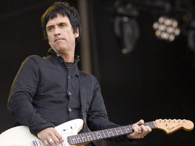 Johnny Marr to release solo charity single