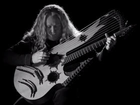 VIDEO: Check out Keith Medley and his 27-string guitar