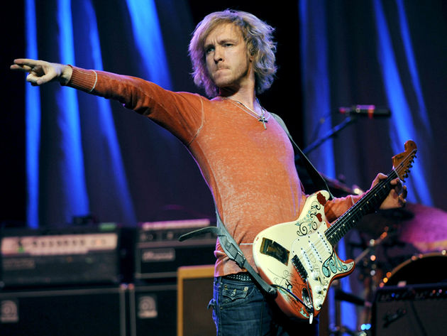 Let's see if Kenny Wayne strikes such a rock-star pose when he plays Jimi Hendrix's Woodstock Strat this week