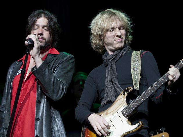 Lead singer Noah Hunt (left) and Shepherd, on stage in San Francisco, 2010