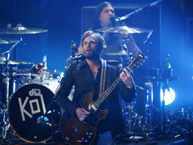 "Kings Of Leon making ""fun, beach-y"" album"