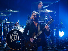 Caleb followill with his 1972 es-325