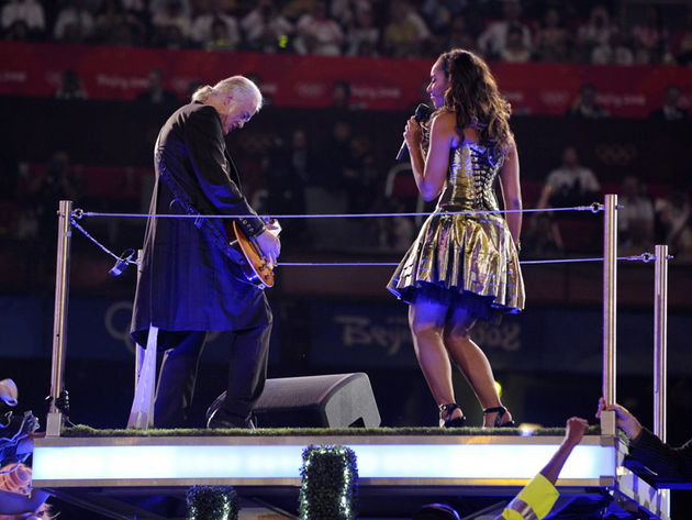 Page performing with Lewis at the Beijing closing ceremony