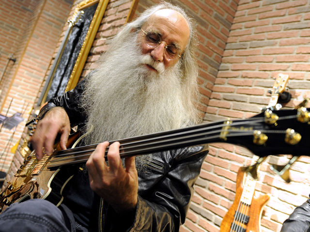 Session great Leland Sklar on playing with 10 music legends