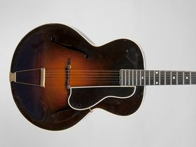 In pictures: Les Paul's guitar and gear auction sets records