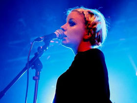 Little Boots tops BBC Sound of 2009 list