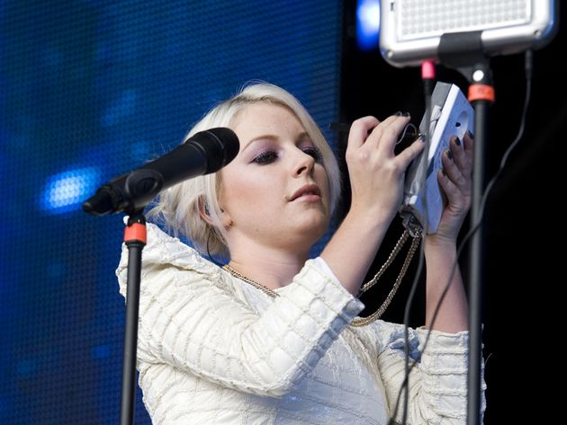 Little Boots plays a Stylophone on stage: will she soon have a laser harp, too?