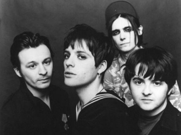 The Manics with Richey Edwards (centre)