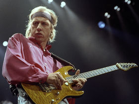 Classic guitar interview: Mark Knopfler, August 1995