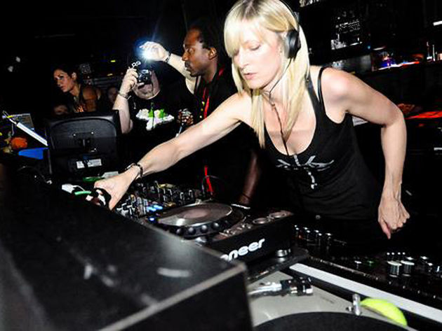 Hobbs DJing in New York in '09.