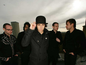Maximo Park giveaway free download: Wraithlike