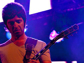 Noel Gallagher talks online bootlegs, bust-up with Liam