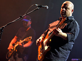 Pixies play 33 songs for 33 rescued Chilean miners