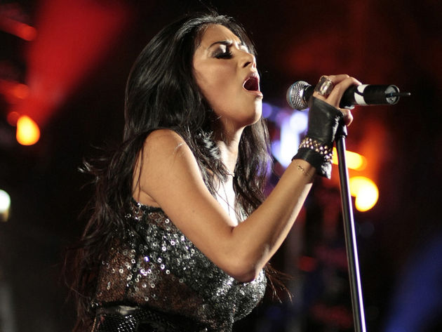 Nicole Scherzinger performed with Slash at the 20th Anniversary party for The Mirage in Las Vegas.