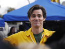 Jim Carrey sings Radiohead, Smashing Pumpkins in New York City