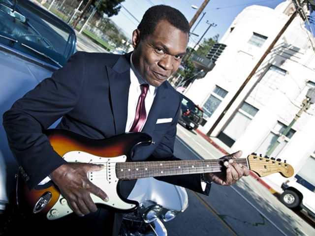 Robert Cray turns in an assured, highly emotive set with Nothin But Love.