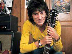 Ron Wood solo album features Eddie Vedder