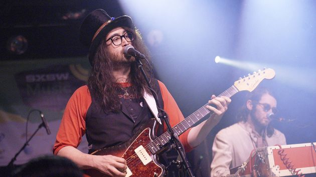Sean Lennon favors Fender Jazzmasters on The GOASTT's Midnight Sun