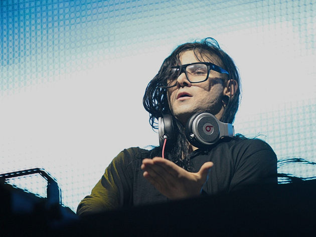 Skrillex performs at Lollapalooza 2012.