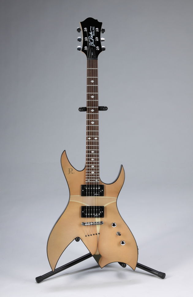 Lot 476: Slash-played BC Rich limited edition Bich
