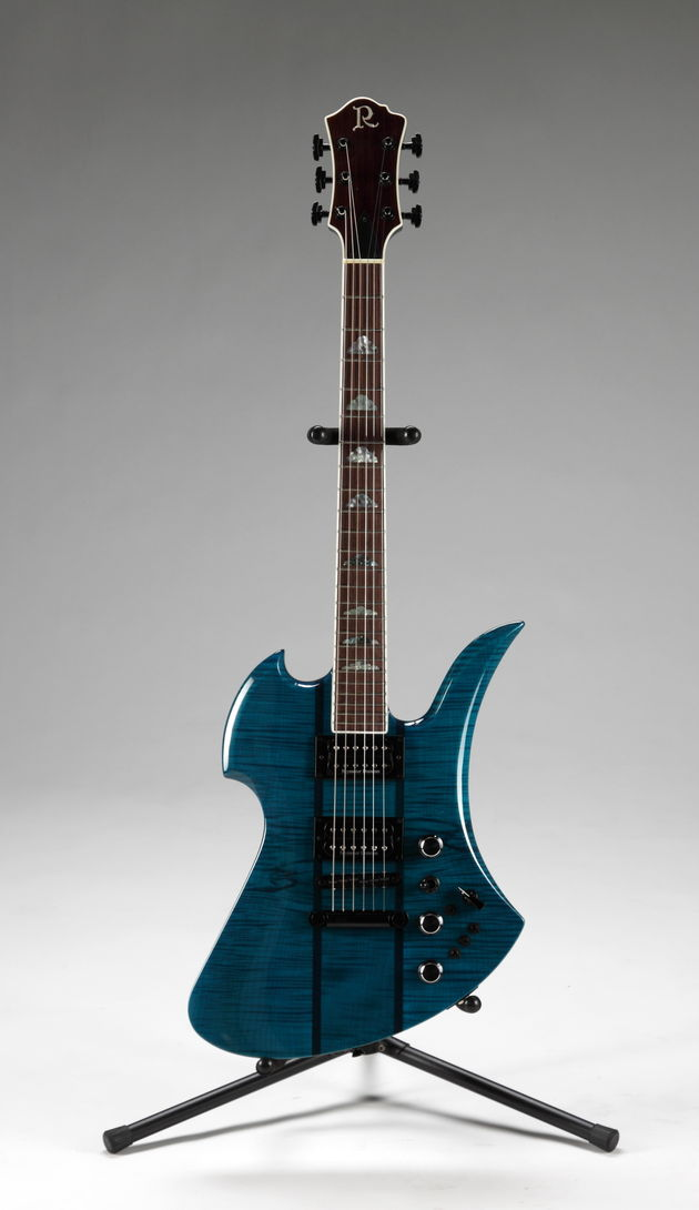 Lot 309: Slash-played BC Rich Mockingbird Supreme