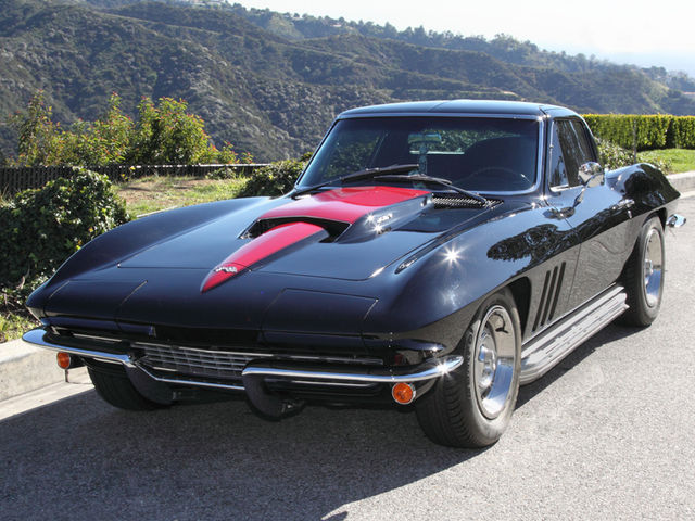 Lot 468: 1966 Corvette Stingray