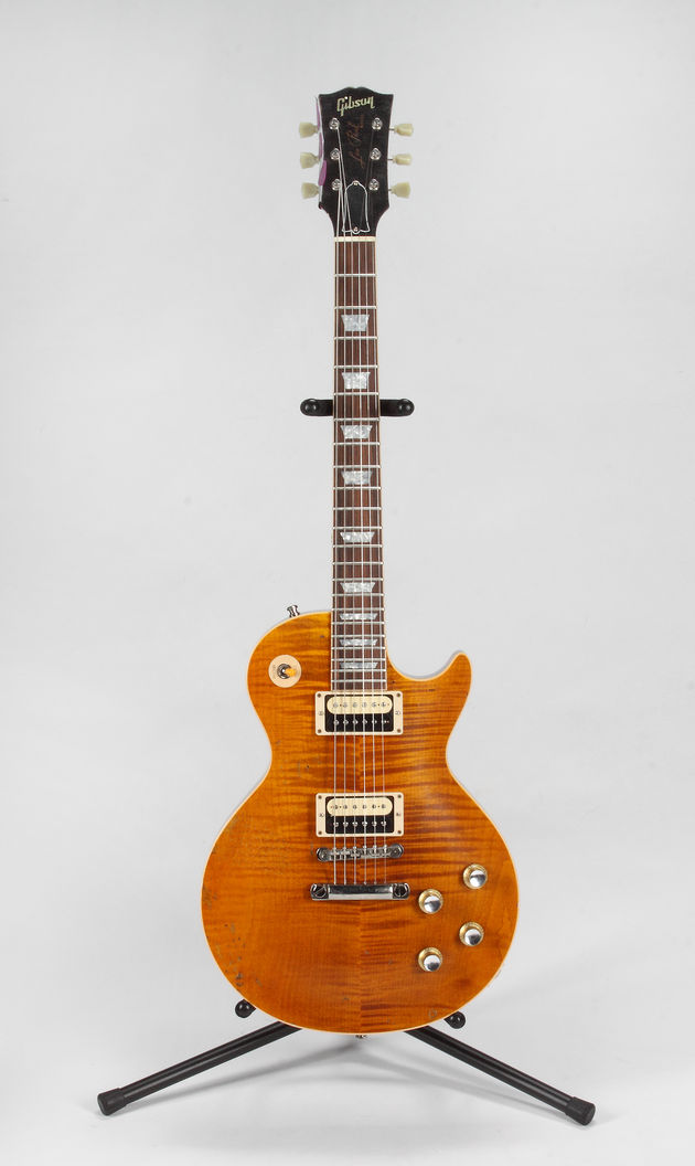 Lot 488: Slash-played Superbowl XLV Les Paul