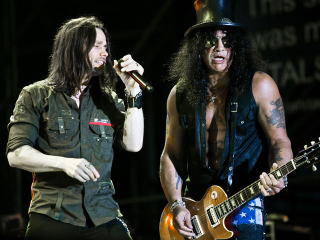 Myles Kennedy and Slash performing in Rome, 2011. Last night, Kennedy joined the guitarist and other original Guns N' Roses members at the Rock And Roll Hall Of Fame ceremony