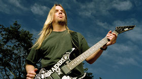 Slayer guitarist Jeff Hanneman dies aged 49