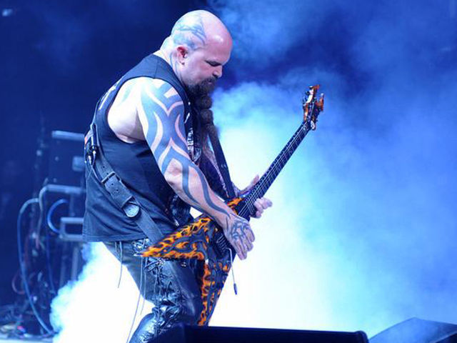 Kerry King crushes the crowd with his BC Rich