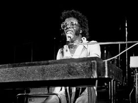 Sly Stone homeless, survives on Social Security