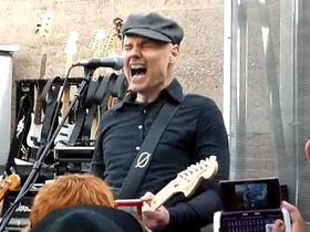 Smashing Pumpkins rock intimate Record Store Day crowd