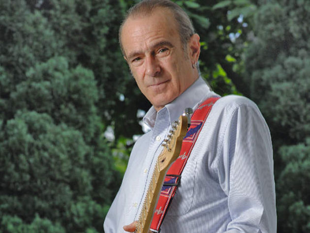 'Graham' the stonemason clearly looks nothing like Francis Rossi. Oh, hang on a minute...