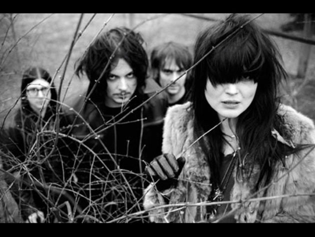 The Dead Weather make their public bow
