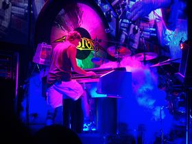 Tom Scholz answers your questions!