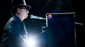 Toto's David Paich talks Quincy Jones sessions and writing Africa