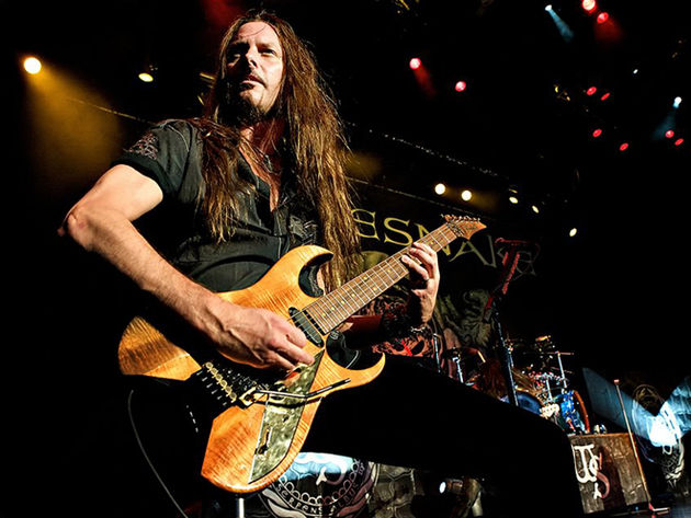 Reb Beach onstage with Whitesnake
