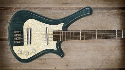 Cool and classic basses: Warwick Fortress Flashback