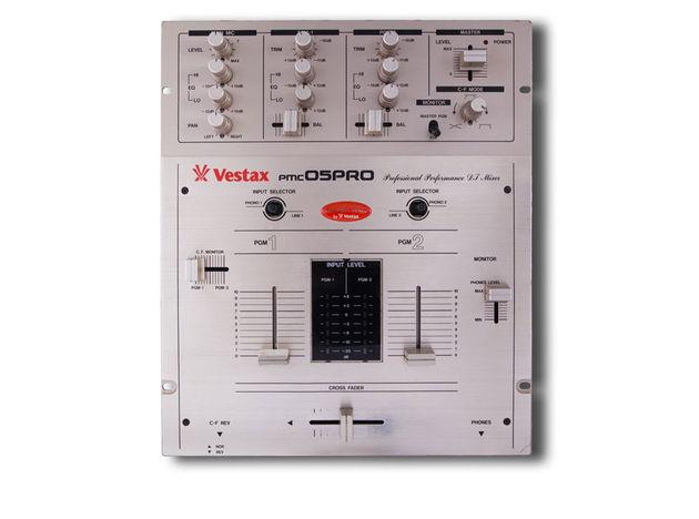 Vestax PMC-05 Pro mixer