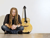 Newton Faulkner: improve your acoustic guitar and songwriting technique