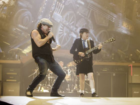 13 reasons why AC/DC rock for guitarists